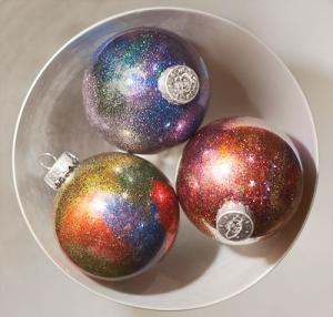 glitter-galaxy-ornaments-diy
